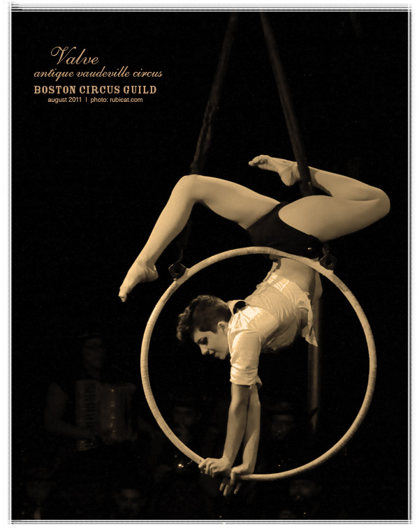 Rachel Stewart, VALVE: Antique Vaudeville Circus, August 26, 2011. Photo by rubicat.com.