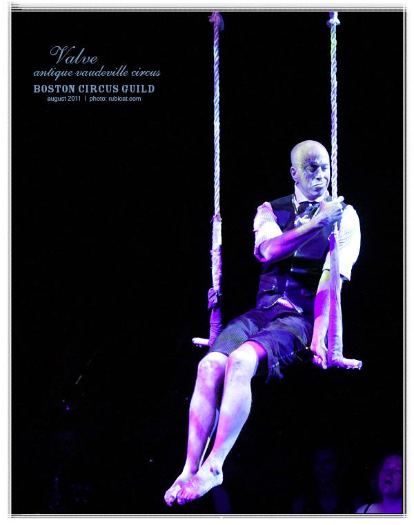 Henry Wheaton, VALVE: Antique Vaudeville Circus, August 26, 2011. Photo by rubicat.com.